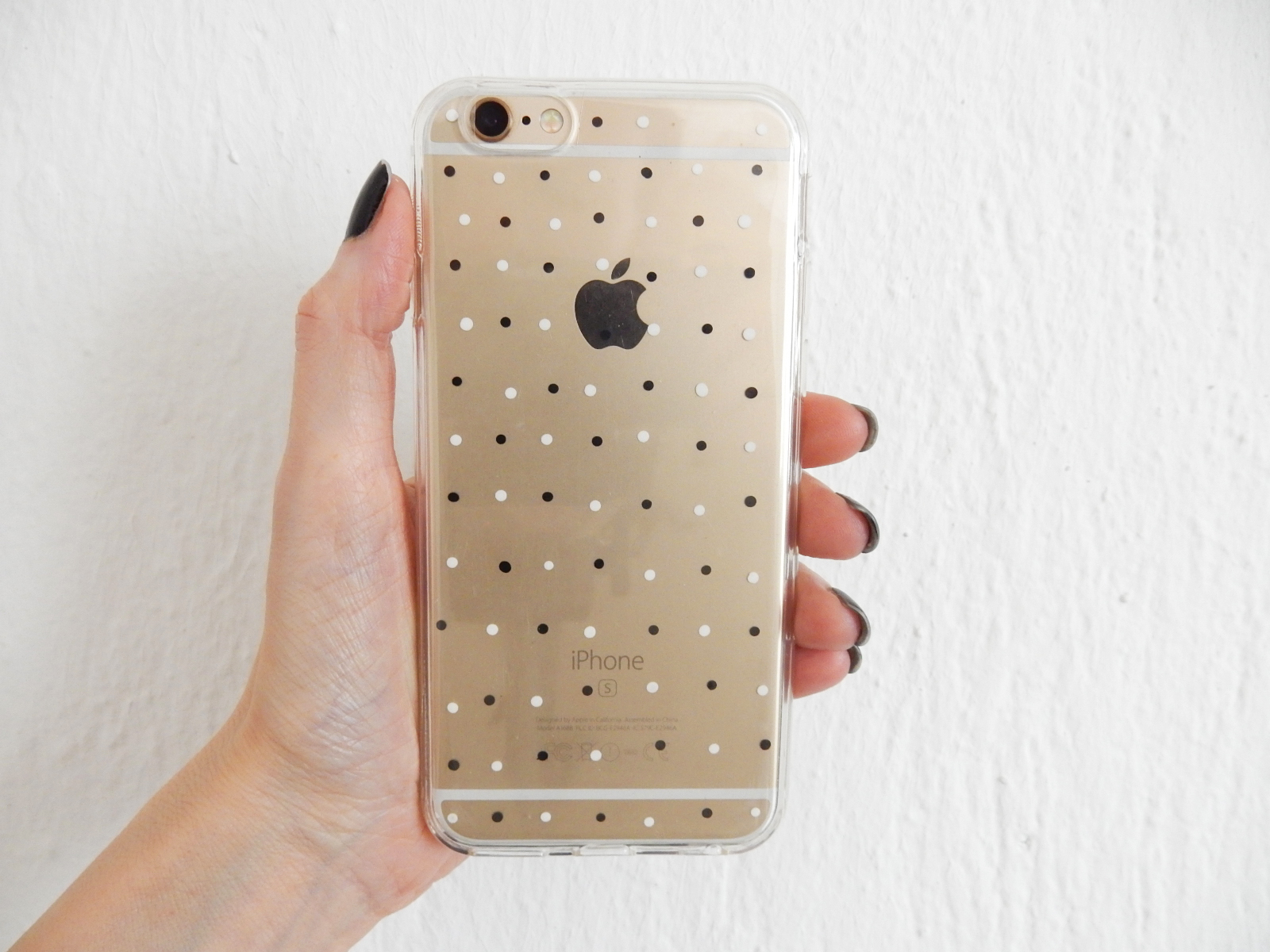 best website f7504 2ec14 DIY Simple Black and White Phone Case