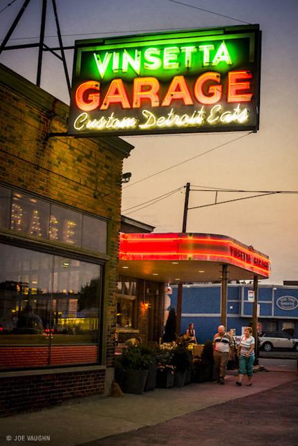 Reviews of Movies TV shows  metro Detroit Restaurants