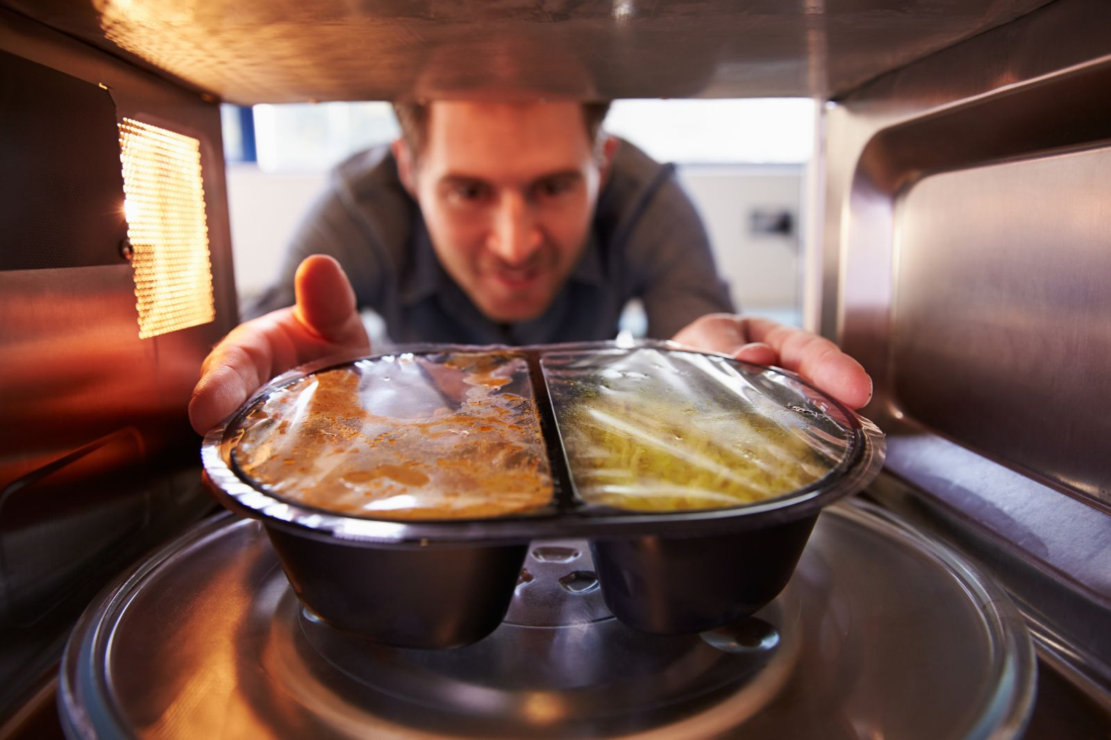 5 Diseases Caused By Microwave Ovens