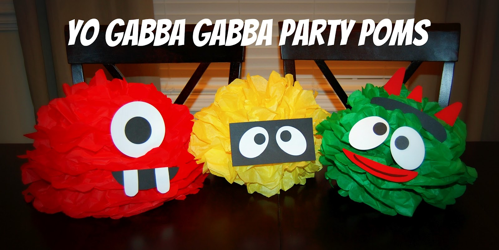 Ygg Party Poms