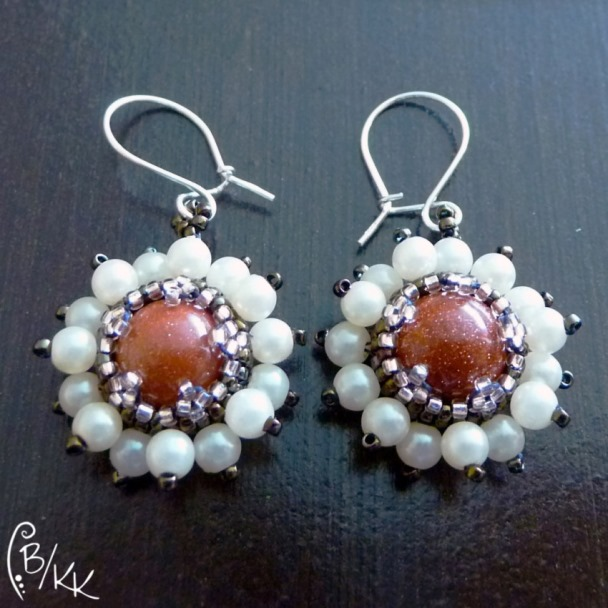 kolczyki beadingowe z perełkami | peyote earrings with pearls