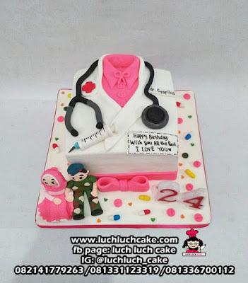 Kue Tart Baju Dokter