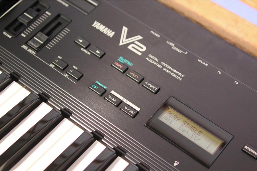 emagic_logic_environment_yamaha_v2_dx11_ys200_editor Yamaha Dx11