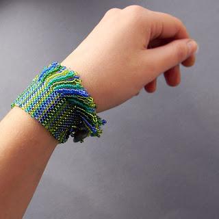 купить браслет из бисера купить украшения из бисера необычные браслеты
