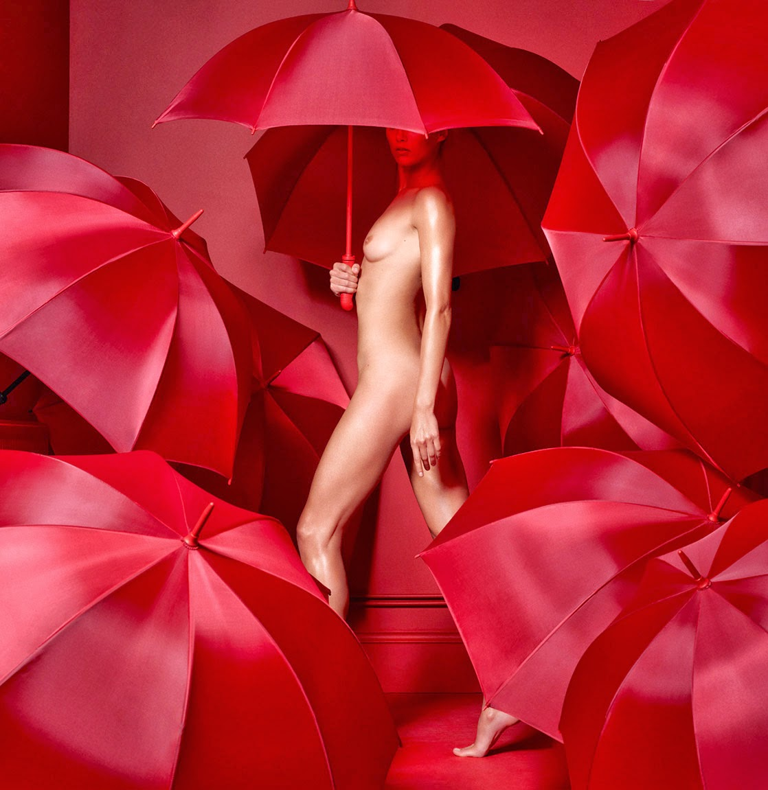 ©Cuneyt Akeroglu - The Red Room Project. Fashion Photography