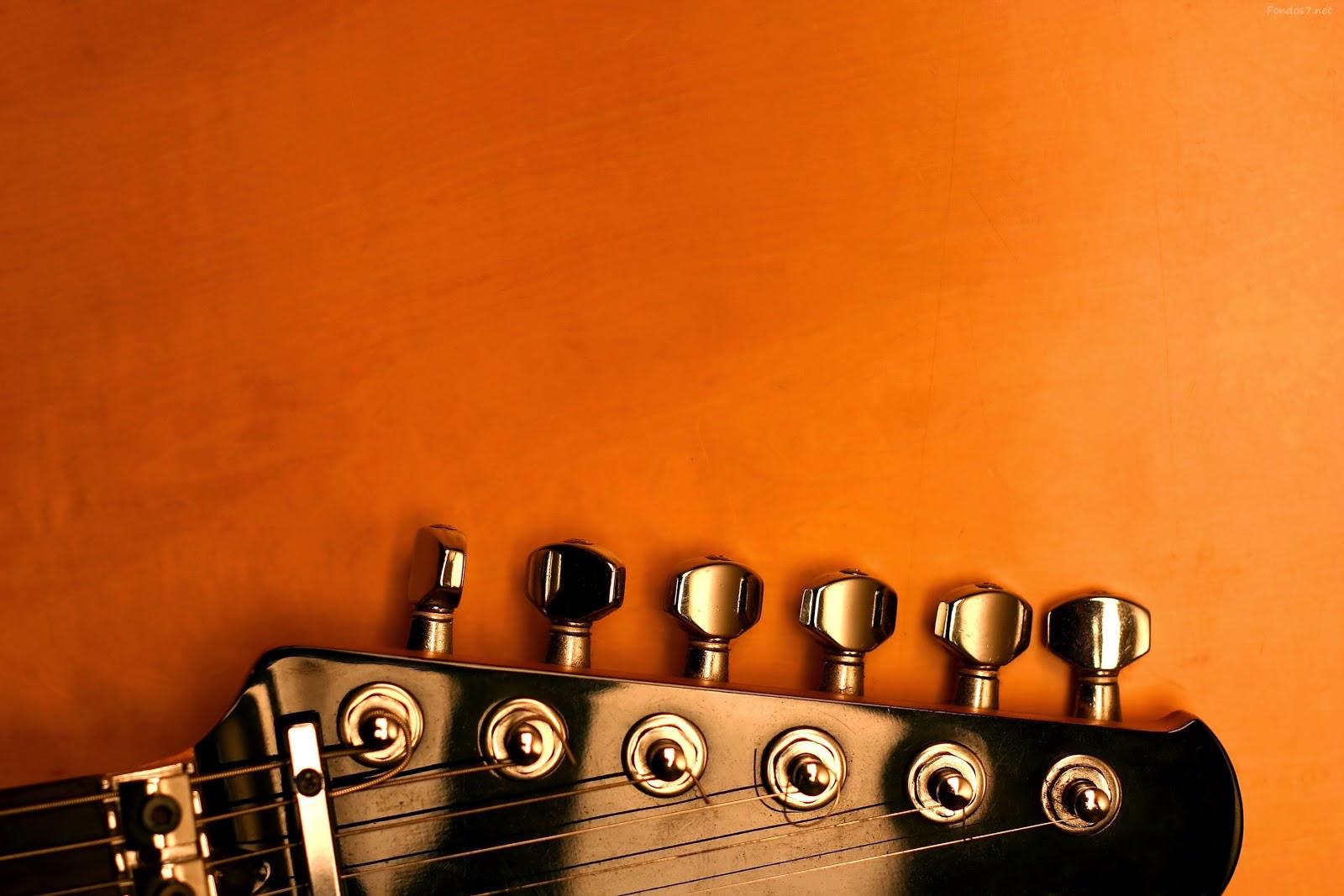 Chorder es una herramienta musical que nos ayudará a conocer y construir varios tipos de acordes para guitarra.