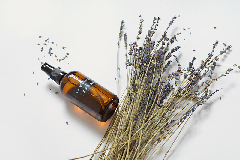 how to make a lavender essential oil sleep spray