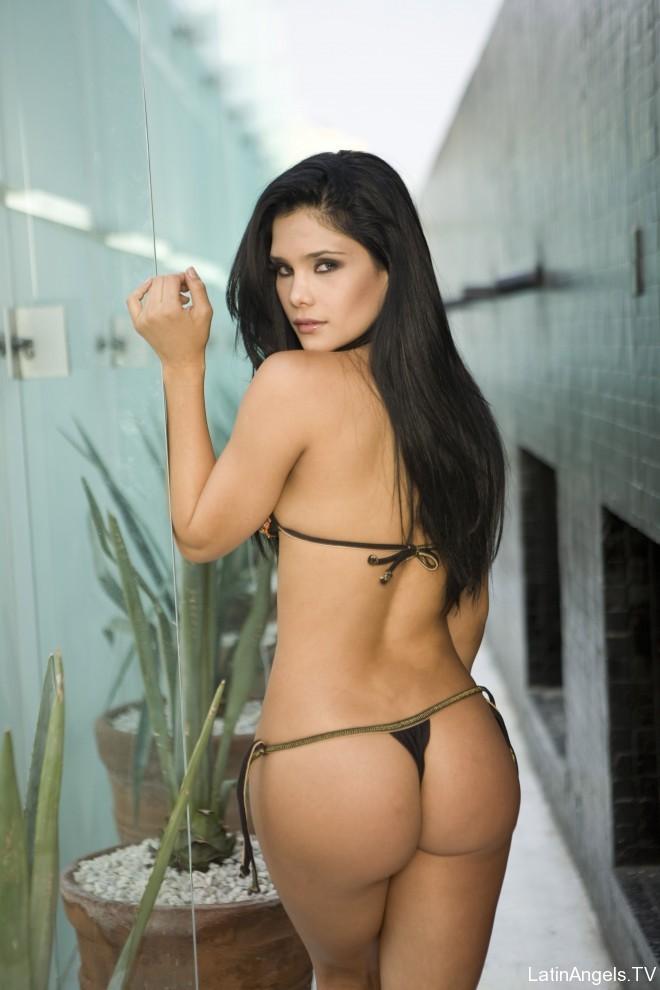 Carolina hermosa latina de cali se masturba por webcam - 2 part 5