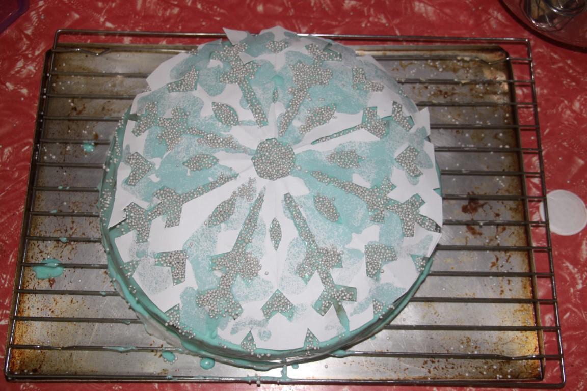 Arty Crafty Studio Frozen Snowflake Birthday Cake