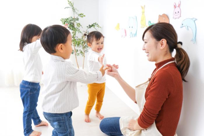 Bí quyết giúp bé không quấy khóc khi đi nhà trẻ