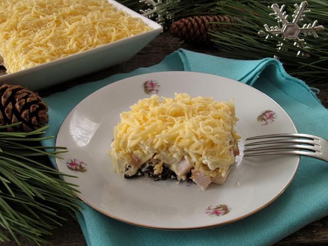 Салат из копченой курицы и ананаса консервированного