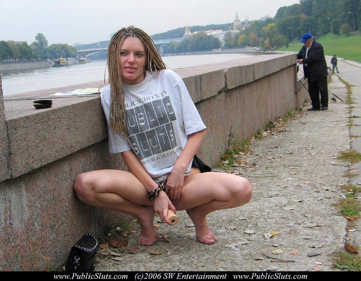 Pantyhose sex lesbian skirt