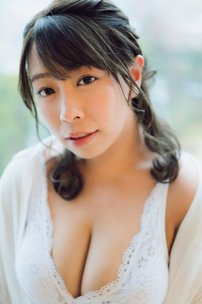 Koshihikari Mochida 餅田コシヒカリ, FLASH 2020.04.21 (フラッシュ 2020年4月21日号)