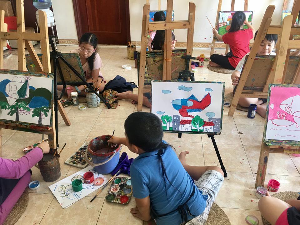 Lớp dạy vẽ trẻ em ở Mỹ Đình