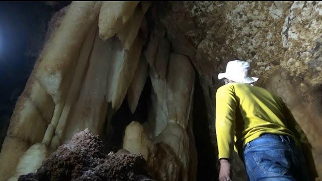 Goa kristal yang berhasil ditemukan penambang batu Njadi Tuban