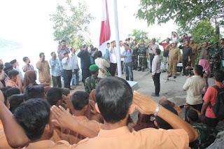 2.600 Bendera Merah Putih Berkibar Di Puncak Geuretee