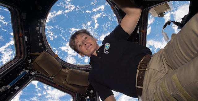 nasa astronaut peggy whitson retires