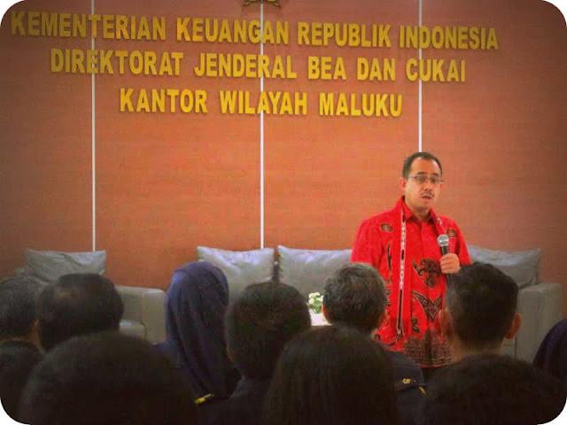 Heru Pambudi Beri Arahak ke Pegawai dan Pejabat Kanwil Bea Cukai Maluku