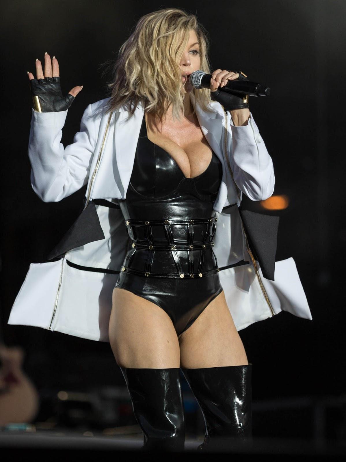 Pop Singer Fergie Talks Sex With Teens 17