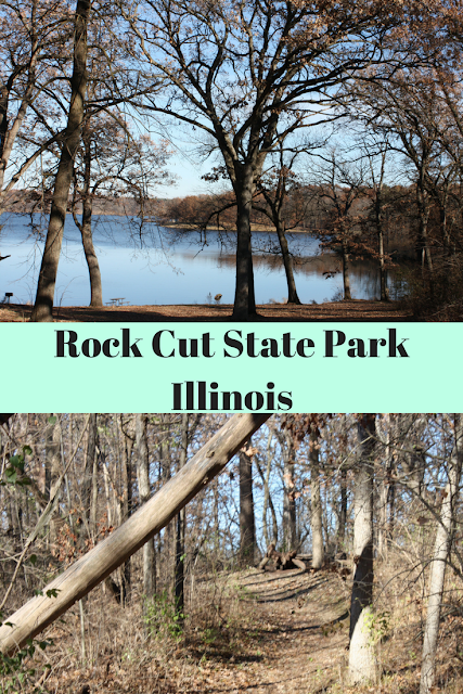 Hiking in Rock Cut State Park in Illinois