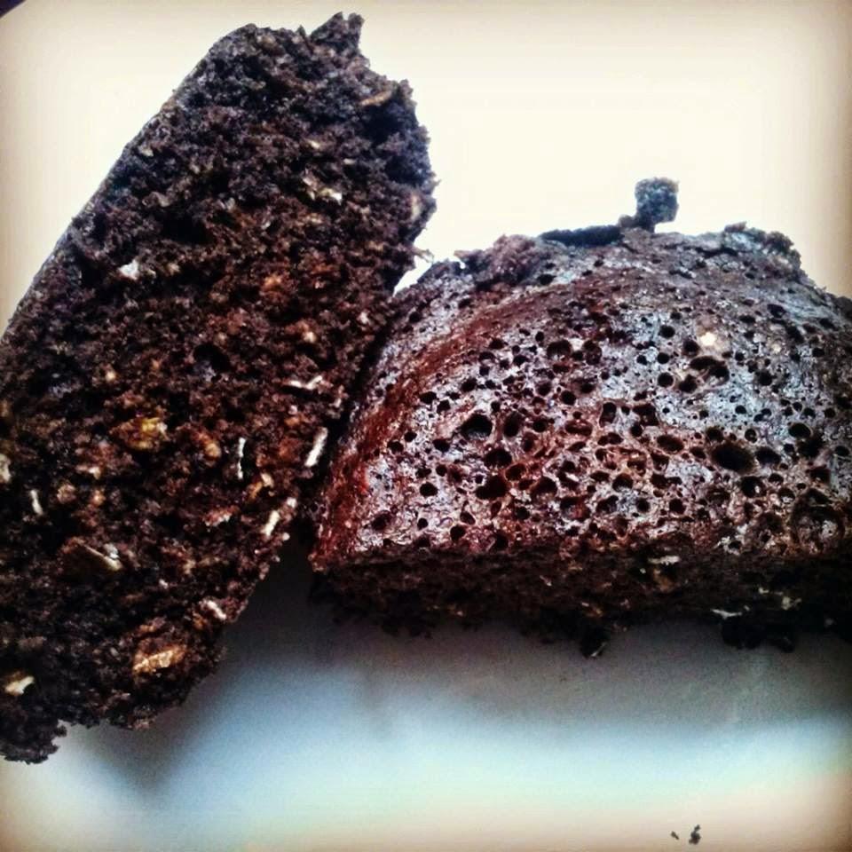 RECETA FIT: Bizcocho de chocolate con avena dos minutos microondas