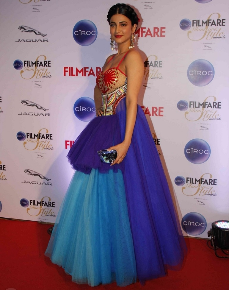 Actress Shruti Haasan At Film fare Awards In Red Blue Dress