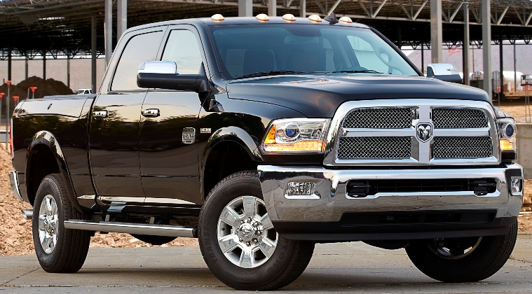 saxton on cars 2014 ram heavy duty gets all new 410 horsepower 6 4 liter hemi v 8. Black Bedroom Furniture Sets. Home Design Ideas