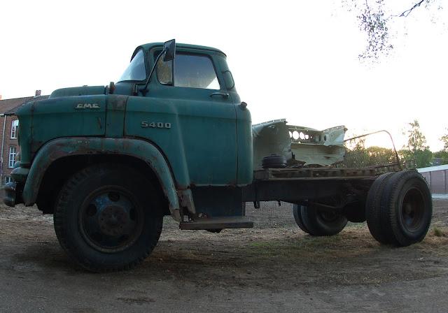 247 AUTOHOLIC: 1957 GMC Task Force Truck