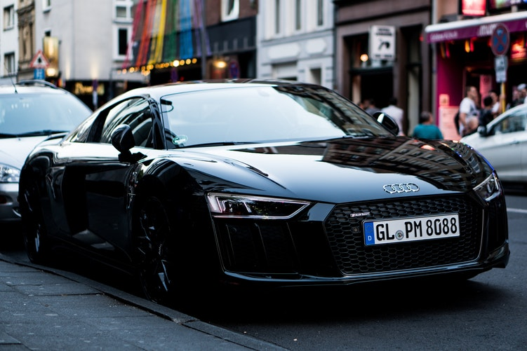 4 Unquestionable Reasons Why The Audi R8 Should Be Your Next Sports Car