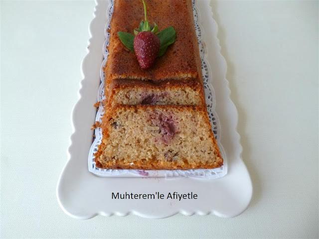 çilekli kek resmi