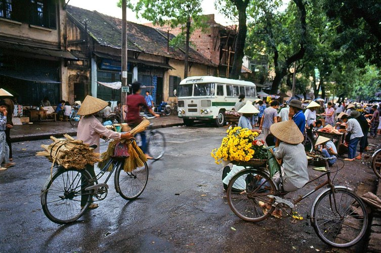 old photos of hanoi 1990