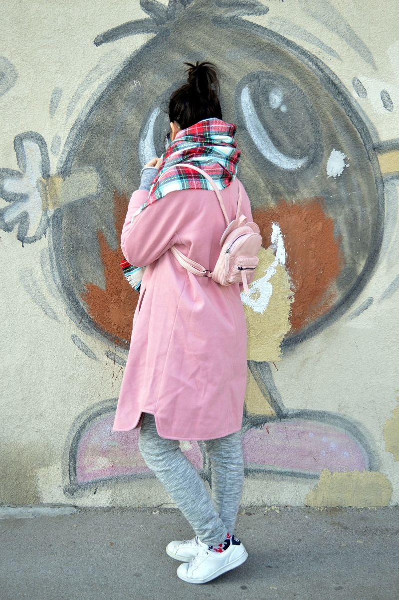 plaid scarf pink coat winter casual street style