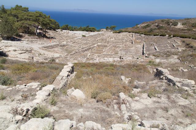 viaggio rodi rodos grecia estate mare farfalle valle colosso granchio asinello gatti