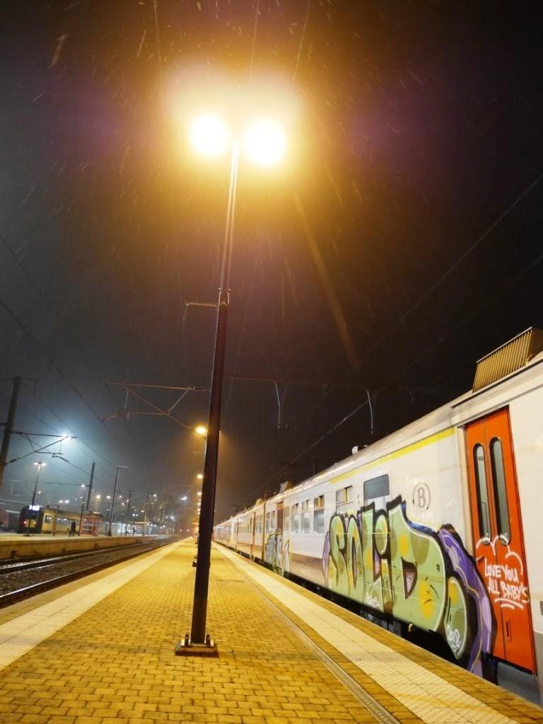 graffitis à Rochefort-Jemelle Namur, Jambes et Charleroi-Sud