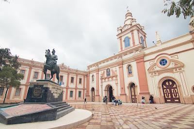 Statue of Loja founder Captain Alonso de Mercadillo St Francisco Square Convent Loja Ecuador