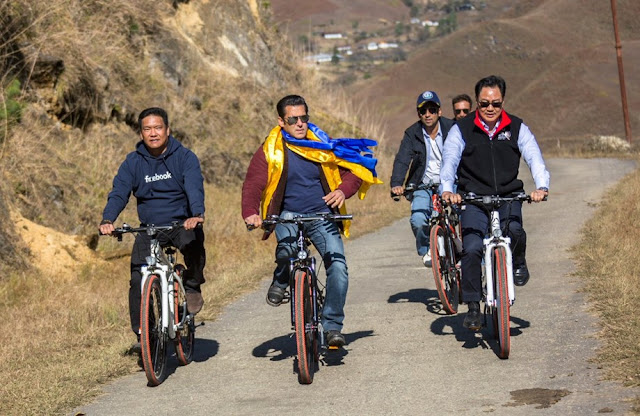 Salman Khan, bicycle ride with Kiren Rijiju from Darjeeling to Mechuka