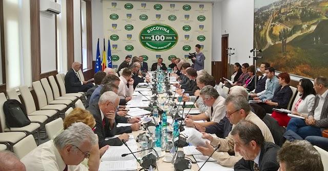 Dubii cu privire la legalitatea și oportunitatea hotărârilor prin care Consiliul Județean cheltuiește 170.000 de lei pe avocați în procesele privind groapa de gunoi Mestecăniș