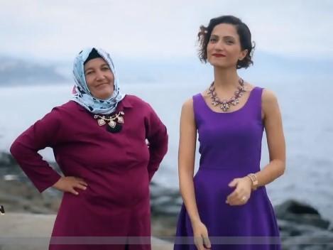 Zuhal Topal'la Sofrada 20 Aralık  İlknur Hanım ve Kaynanası Emine Eroğlu