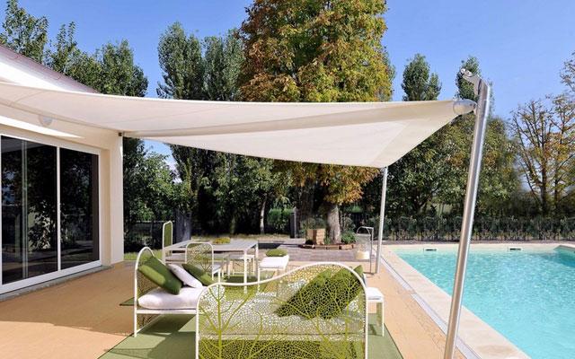 Marzua toldos vela para la decoraci n de terrazas y jardines for Toldos triangulares para terrazas