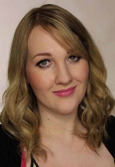 Elizabeth Arden Ceramide Ultra Lipstick - Blushing Pink Swatches & Review