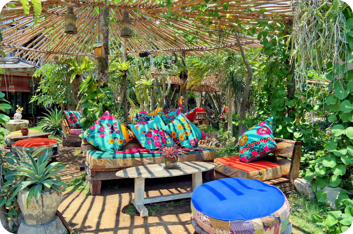perjalanan tak berujung nongkrong ngehits kekinian di la laguna rh cumilebay com