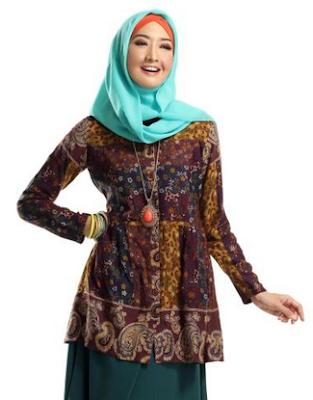 Model Baju Kemeja Batik Muslim Wanita Modern