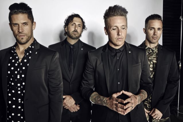 Papa Roach Fala Sobre Seu Novo Álbum, Who Do You Trust?