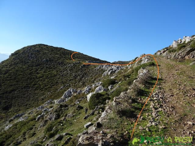 Por la Sierra del Cuera hacia el pico Paisanu