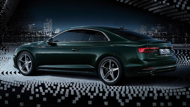 Nuova Audi A5 Coupè: design fluido, nuovo abitacolo e Audi Virtual Cockpit