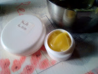 DIY slow cosmétique crème visage cire abeille huile coco soin