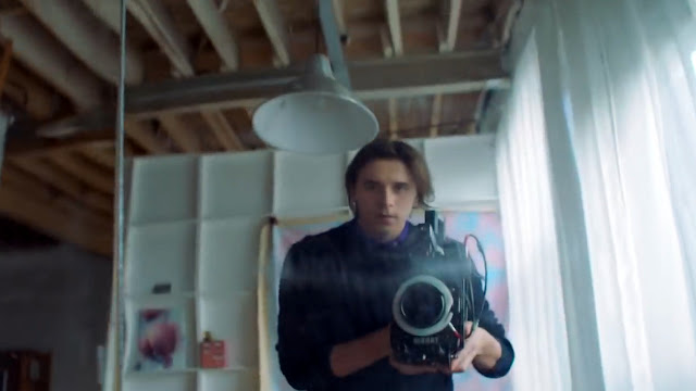 Brooklyn Beckham is into photography, I wonder which camera brand he really use other than Honor 8