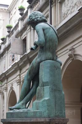Voyage par Lyon, palais Saint Pierre, Lyon, Sculptures, Jean François Legendre Héral, Giotto,