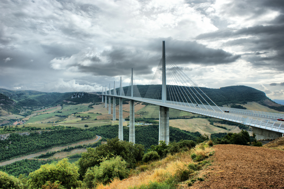 world wondering preview the millau viaduct. Black Bedroom Furniture Sets. Home Design Ideas