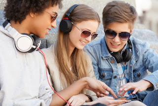 ¿Como influye la música en los jovenes de hoy?